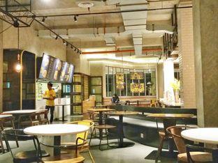 Foto 1 - Interior di Wok 'N' Tok - Yello Hotel Jemursari Surabaya oleh Ratu Aghnia