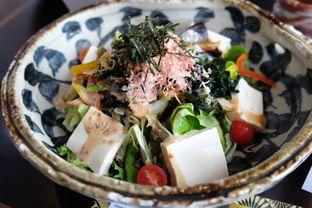 Foto 16 - Makanan(Tofu Agejako Salad) di Enmaru oleh Pengembara Rasa