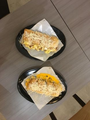 Foto review Kedai Roti Bule oleh Prido ZH 17