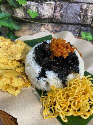 Foto review Nasi Cumi Hitam Madura Pak Kris oleh Yohanacandra (@kulinerkapandiet) 5