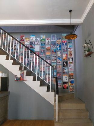 Foto 2 - Interior di Waltters Coffee oleh Sari Cao