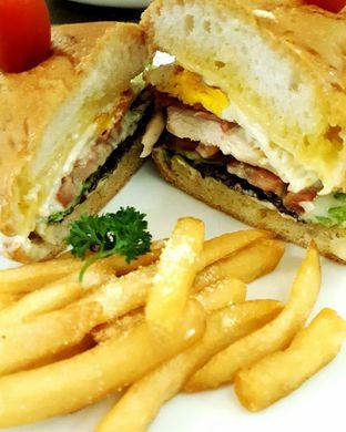 Foto 1 - Makanan di Revel Cafe oleh Eonnithings | Stefhanie