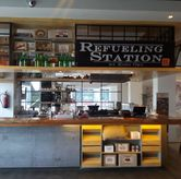 Foto di Refueling Station by Kopi Oey
