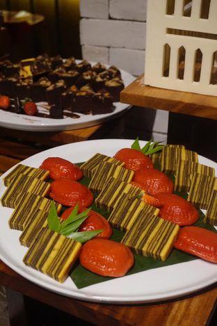 Foto 11 - Makanan di Clovia - Mercure Jakarta Sabang oleh yudistira ishak abrar
