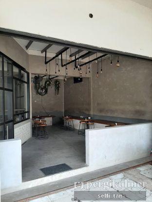 Foto review Blackswan Coffee House oleh Selfi Tan 5