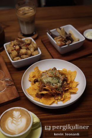 Foto review Komune Cafe oleh Kevin Leonardi @makancengli 7