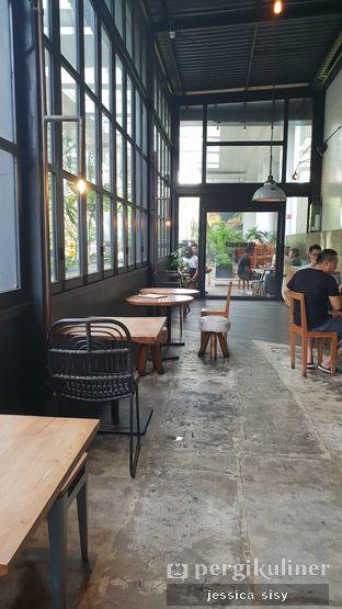 Foto 2 - Interior di Crematology Coffee Roasters oleh Jessica Sisy