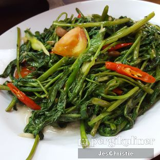 Foto 4 - Makanan(Kangkung Cah Tauco) di Seafood Station oleh JC Wen