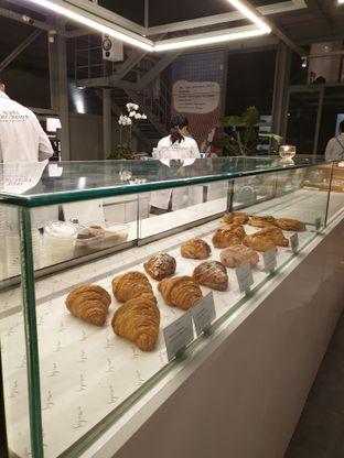Foto 3 - Interior di Sejiwa Coffee oleh Shabira Alfath