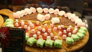 Foto 5 - Makanan(Christmas Thee) di Pezzo oleh Yummyfoodsid