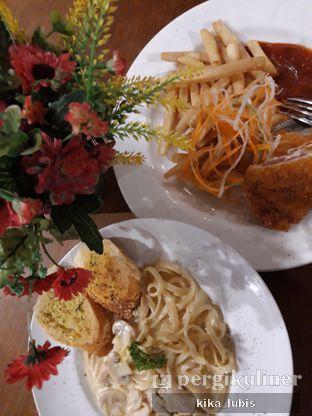 Foto 1 - Makanan di ROOFPARK Cafe & Restaurant oleh Kika Lubis