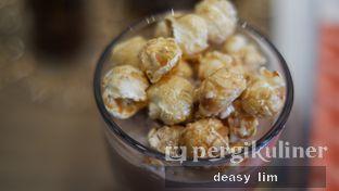 Foto review Phos Coffee oleh Deasy Lim 3