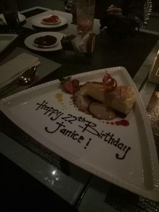 Foto 3 - Makanan di The Restaurant - Hotel Padma oleh Janice Agatha