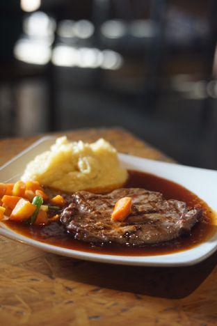 Foto 4 - Makanan(Tenderloin Steak) di Karnivor oleh Fadhlur Rohman