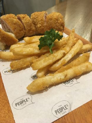 Foto review The People's Cafe oleh Prido ZH 20