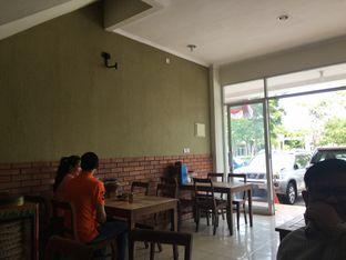 Foto 11 - Interior di RM Ibu Haji Cijantung oleh Yuni