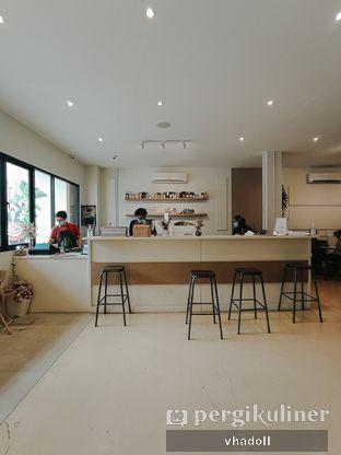 Foto 6 - Interior di Komune Cafe oleh Syifa