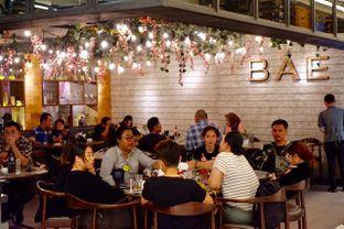 Foto review BAE by Socieaty oleh yudistira ishak abrar 13