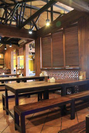 Foto 4 - Interior di Bebek Malio oleh Prido ZH
