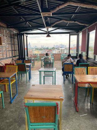 Foto review Metropole Coffee oleh Cheristine Wohangara 8