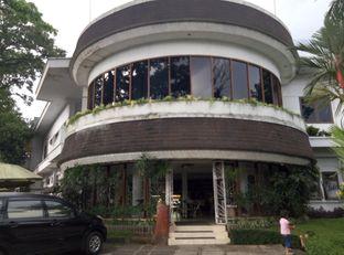 Foto review Victoria Bakery & Cafetaria oleh Emir Khaerul 3