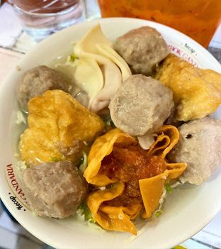 Foto review Bakso Ambon Nginden oleh denise elysia 1