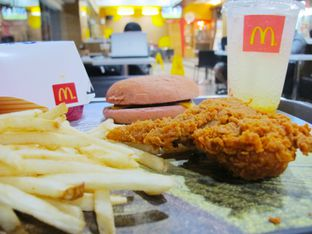 Foto 2 - Makanan di McDonald's oleh Kuliner Addict Bandung