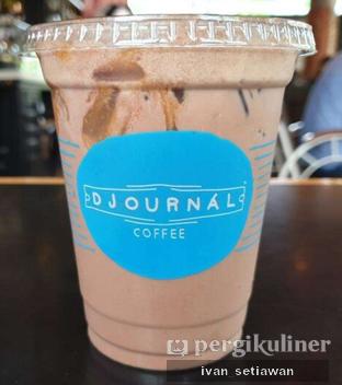 Foto - Makanan(Iced Salted Caramel Chocolate) di Djournal Coffee oleh Ivan Setiawan