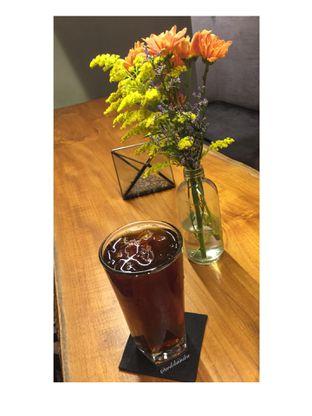 Foto 2 - Makanan(Manual Brew Pourover V60 Ethiopia) di Bermvda Coffee oleh Ardelia I. Gunawan