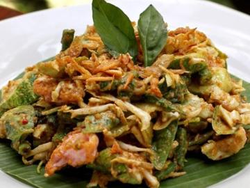 Lotek Salad Khas Sunda Yang Sudah Ada Sebelum Tren Makanan
