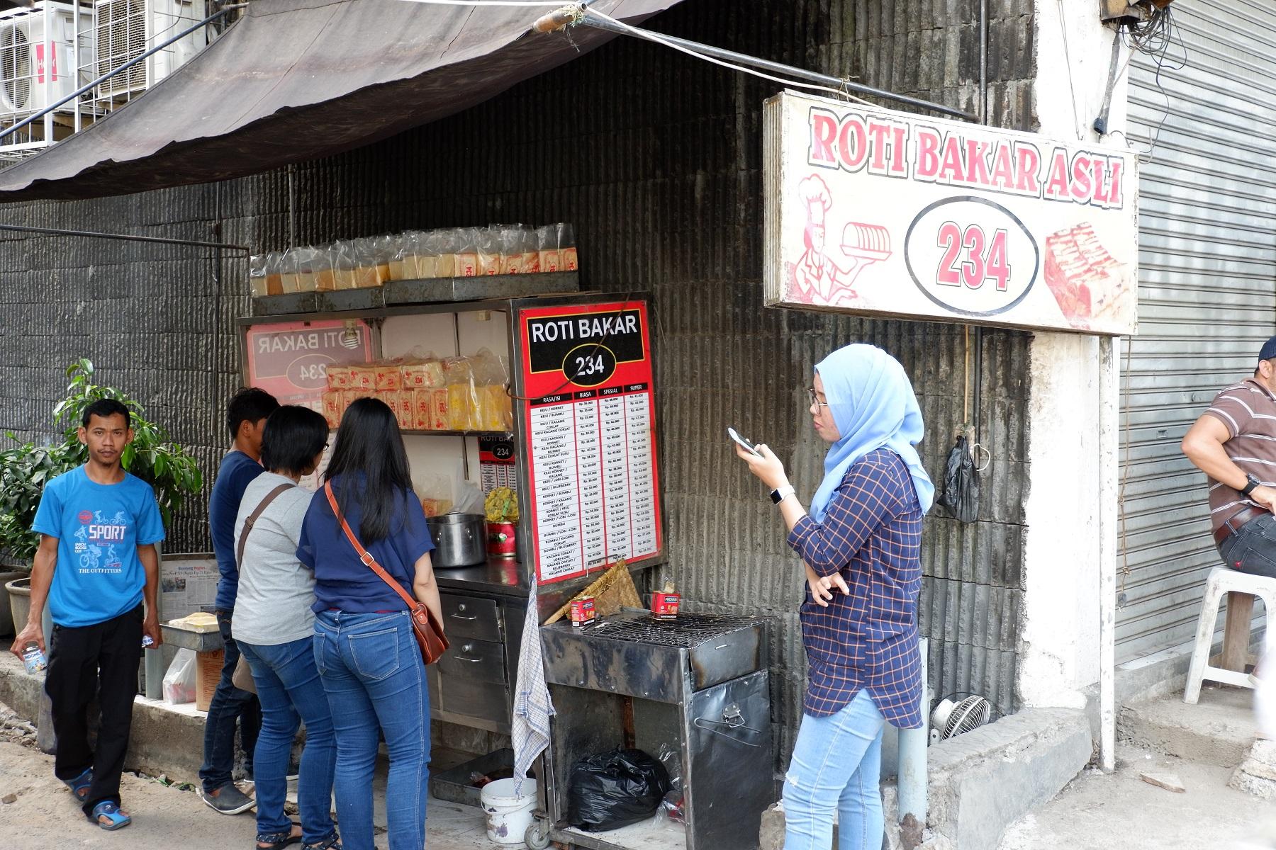 Roti Bakar 234 (Roti Bakar Gang Kote), Sudirman, Bandung - Lengkap: Menu  terbaru, jam buka & no telepon, alamat dengan peta