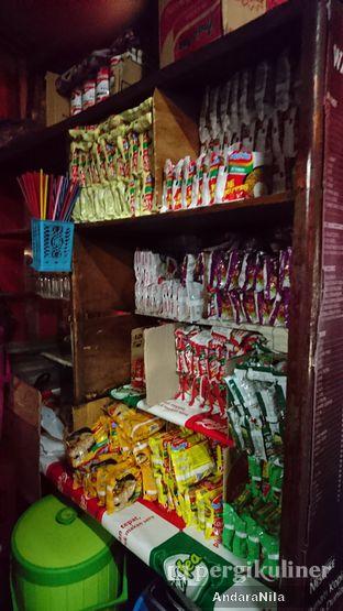Foto 3 - Interior di Warkop Gemboel 1 oleh AndaraNila