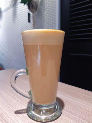 Foto 3 - Makanan(Coffee Latte) di Carla Living oleh Novita Purnamasari