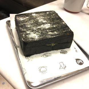 Foto 3 - Makanan(Charcoal lava toast) di Wokhei oleh Ria