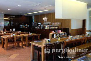 Foto 12 - Interior di Sate & Seafood Senayan oleh Darsehsri Handayani