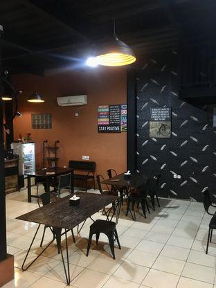 Foto 6 - Interior di Pesona Resto & Cafe oleh Prido ZH