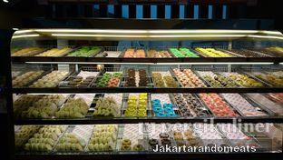 Foto 6 - Interior di Dunkin' Donuts oleh Jakartarandomeats