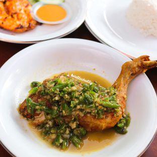 Foto 1 - Makanan di Ayam Pedos oleh Stellachubby
