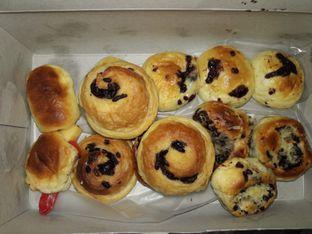Foto - Makanan di Roti Unyil Venus oleh Anderson H.
