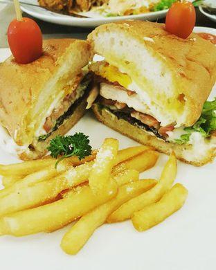 Foto 5 - Makanan di Revel Cafe oleh Eonnithings | Stefhanie