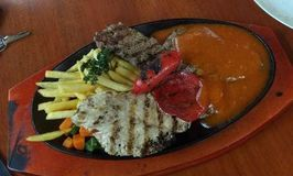Saung Steak Papatong