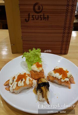 Foto 2 - Makanan di J Sushi oleh William Wilz