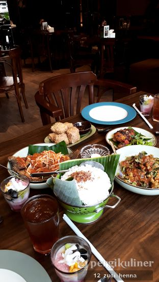 Foto - Makanan(Makan 4 orang) di Straits oleh Zulfi Riddle