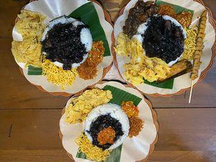 Foto review Nasi Cumi Hitam Madura Pak Kris oleh Yohanacandra (@kulinerkapandiet) 2