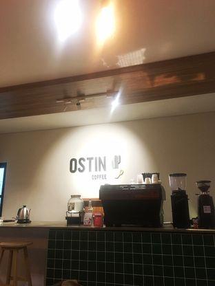 Foto 5 - Interior di Ostin Coffee oleh Prido ZH