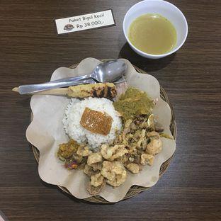 Foto review Babi Guling Ko Made oleh Yessica Angkawijaya 1