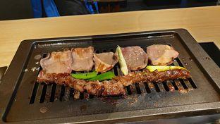 Foto 6 - Makanan(grill) di WAKI Japanese BBQ Dining oleh Oemar ichsan