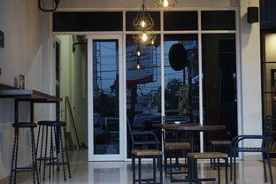 Foto 15 - Interior di KRAH Coffee & Cuisine oleh yudistira ishak abrar