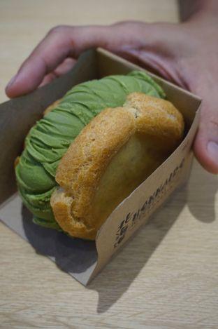 Foto 4 - Makanan di Hokkaido Icecream Puff oleh yudistira ishak abrar