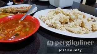 Foto 4 - Makanan(cumi saos padang) di Sari Laut Ujung Pandang oleh Jessica Sisy